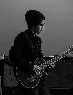 Guitar, E-Bass,